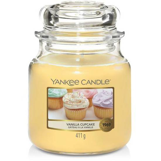 Yankee Candle medium scented candle in a glass jar 14,5 oz 411 g - Vanilla Cupcake