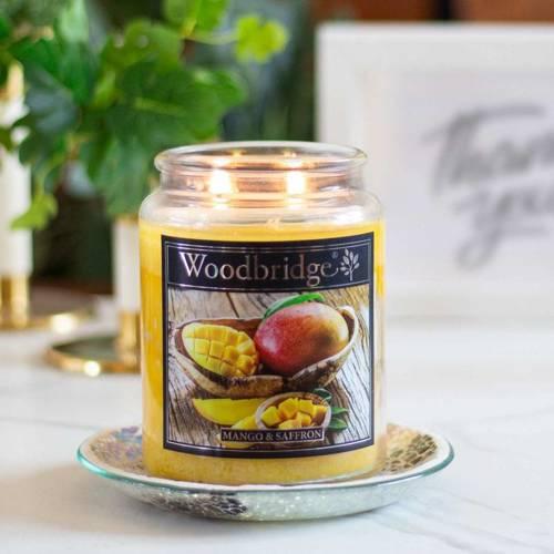 Woodbridge świeca zapachowa w słoju duża 2 knoty 565 g - Mango & Saffron